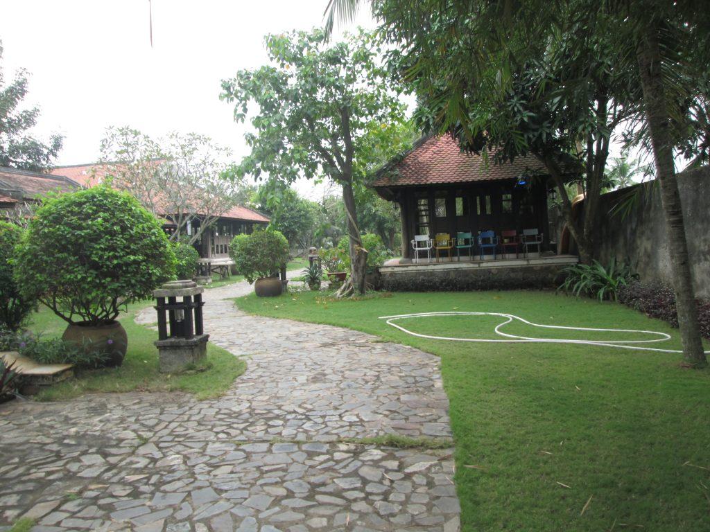 nhà vườn bờ sông long phước